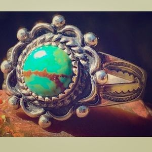 SOLDNavajo Sterling green turquoise ring ☀️💕